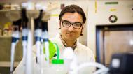 Doktoranden Muhammad Irfan har gjort stora framsteg i sina forskarstudier. Nu utvisas han för att en del av forskningen har skett i USA.