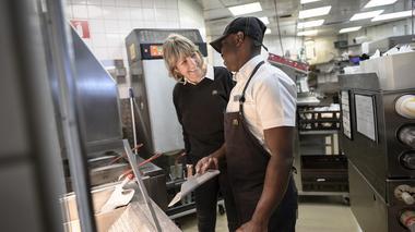 McDonalds: Inställningen avgör vem som får jobbet