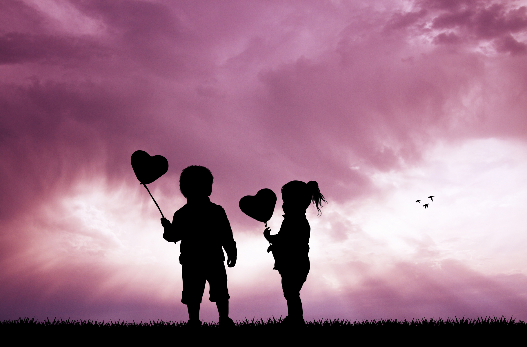 10087695-childrens-with-balloons