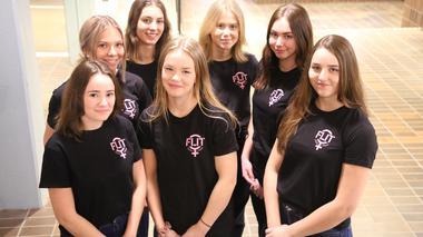 Flickor i Teknik bryter stereotyper