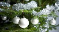 Julkulor och glitter