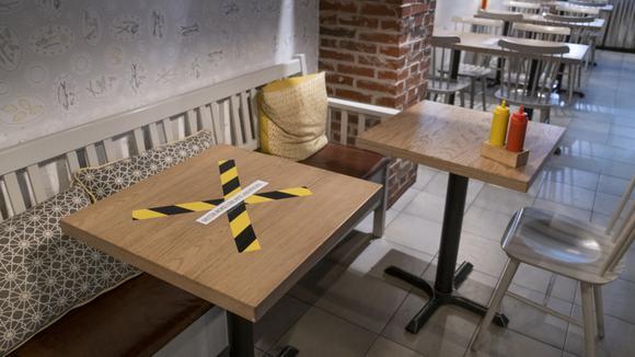 Avstängt bord på restaurang